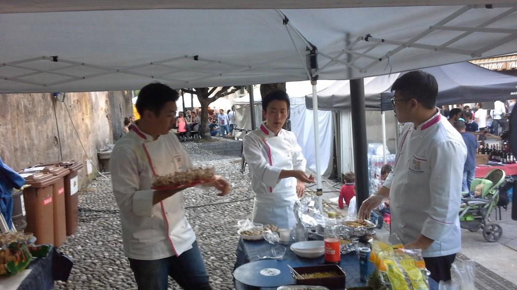 Gli Chef Coreani - Ryu Sihyeong,  Jo Seokbeo e Kim Hankyul