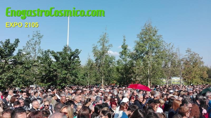 Alle 10.00 del mattino l'ingresso di Expo di presentava già affollato