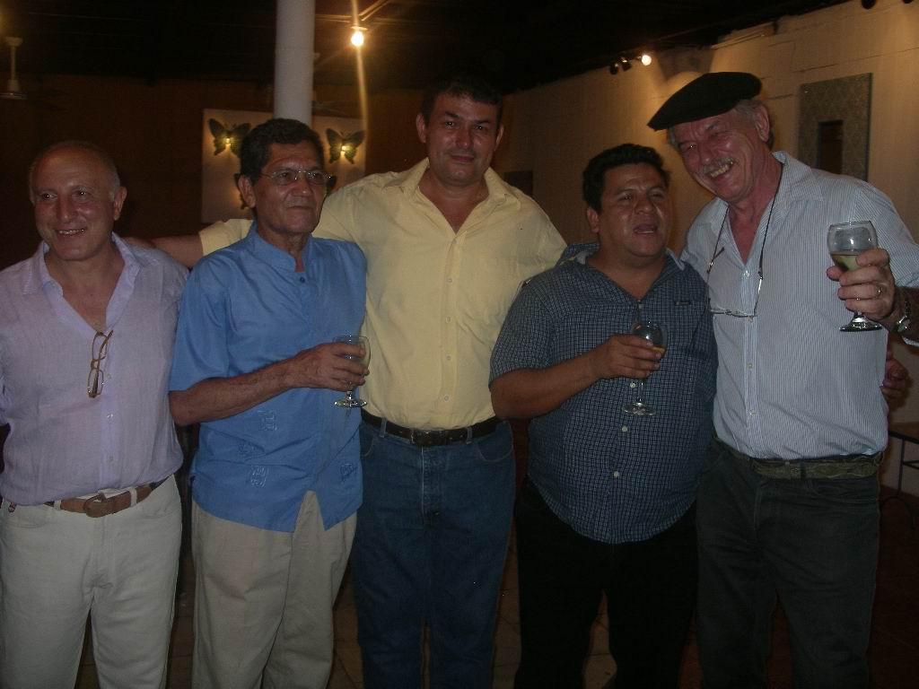 Da sinistra a destra i pittori: GIANCARLO SPLENDIANI (italiano), LEONEL CERRATO (nicaraguense), FEDERICO MATUS (nicaraguense), REYNALDO HERNANDEZ (nicaraguense), SERGIO MICHILINI (italiano).