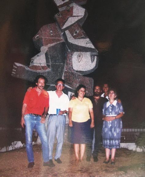 1992 Con los pintores cubanos Aldo Soler y Luis Miguel Valdes