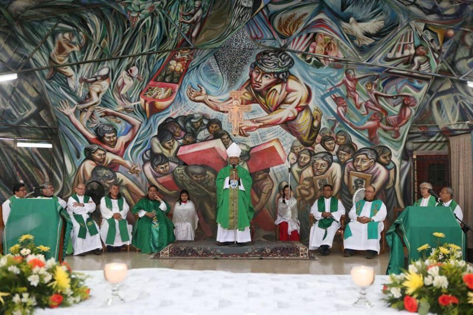 El cardenal Polito (Leopoldo Brenes) junto a parte de la conferencia episcopal de Nicaragua.