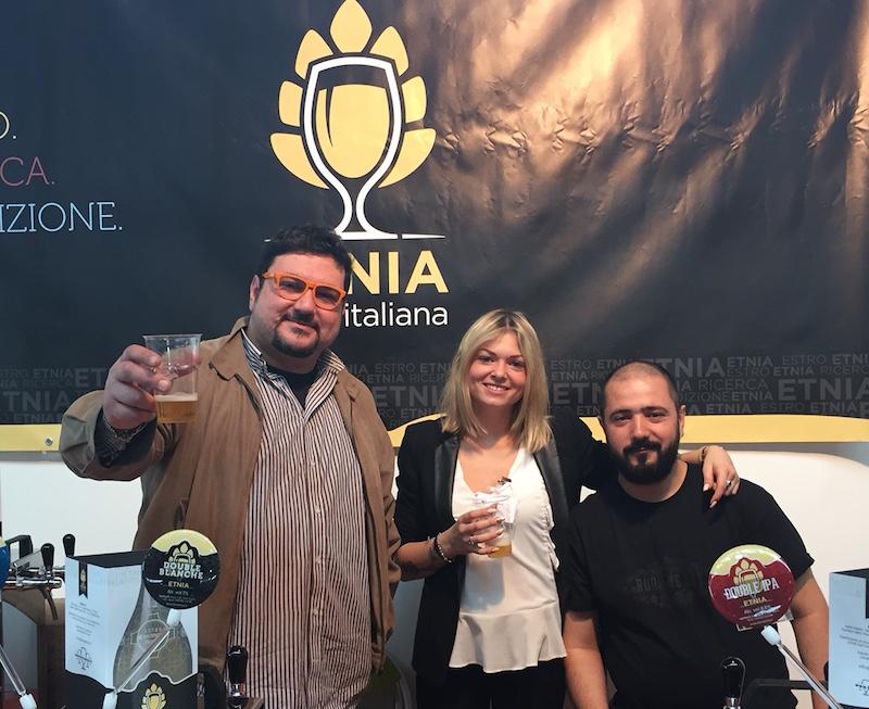 Lo staff di Etnia a Rimini. Andrea Ferri è il primo a sinistra