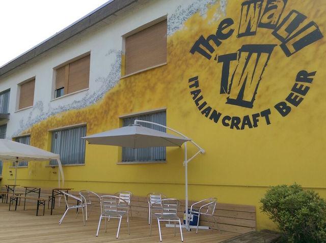 TheWall_beergarden